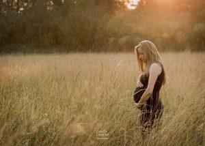 Zwangerschapsfotografie door Tanita Laurier, fotograaf uit Oudenaarde!